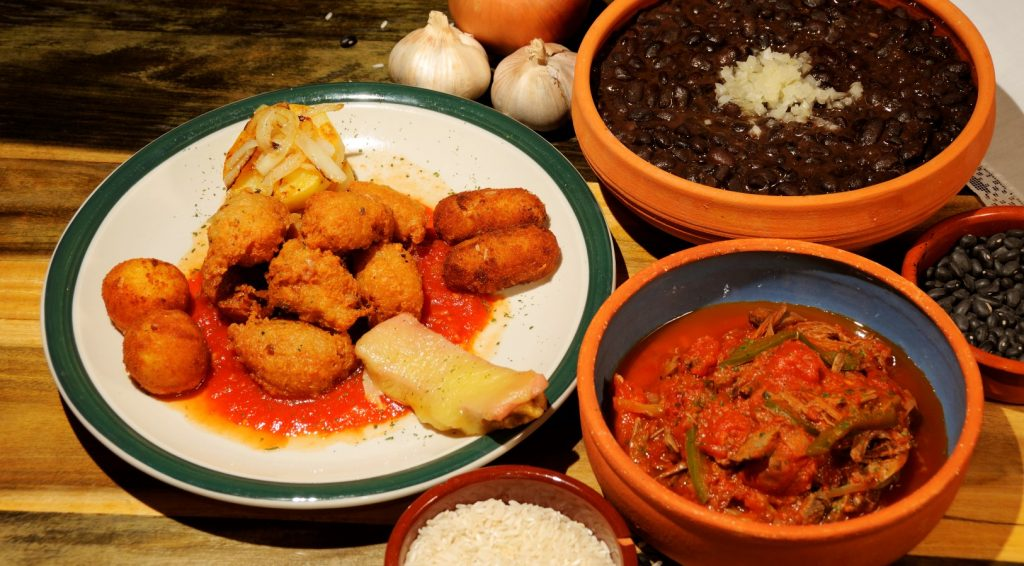 typical cuban dishes